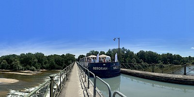 The Briare Aqueduct